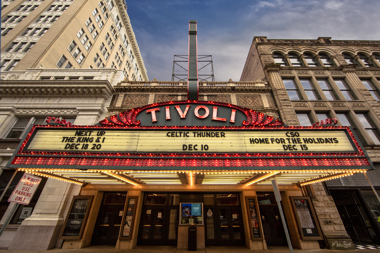 Chattanooga Tivoli Theatre lit