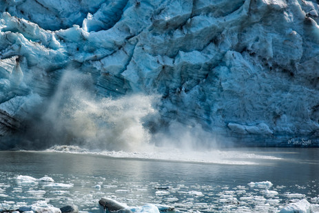 Iceberg calving boom