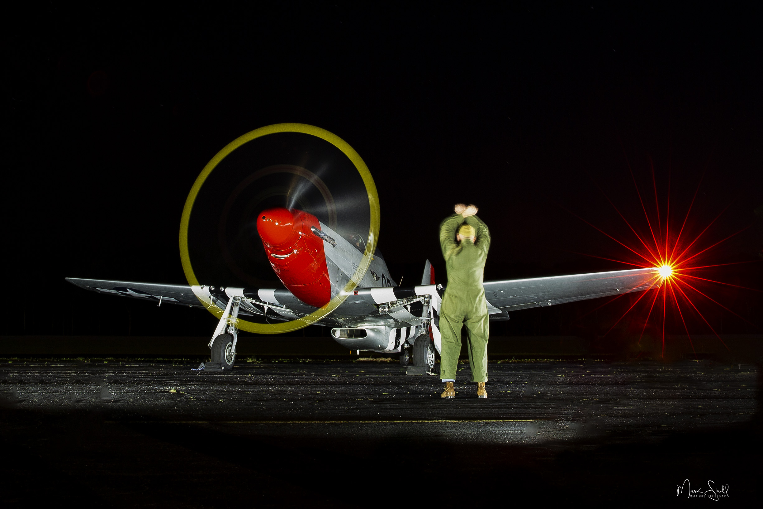 P-51 Mustang night signal man