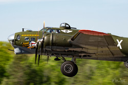 WWII B-17 in air