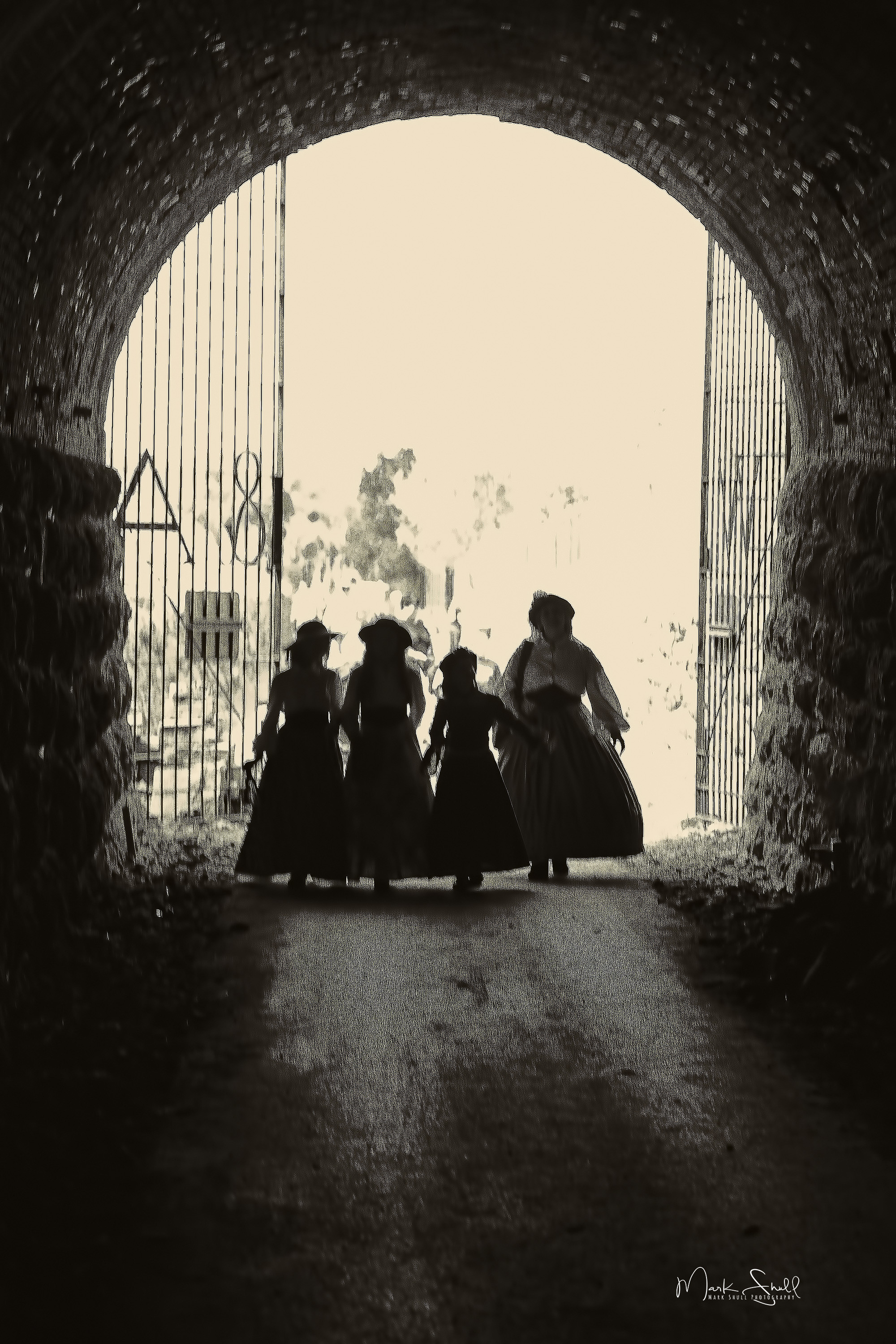 Tunnel Hill Lady Silhouettes