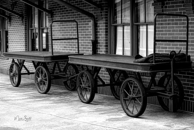TN Valley RR carts bw.jpg