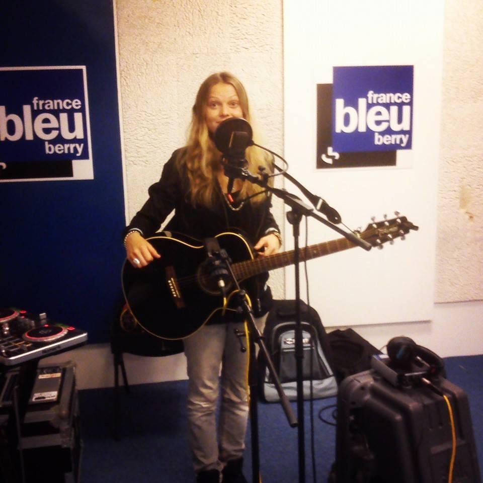 Ofee-France Bleu Berry Sud-live.jpg