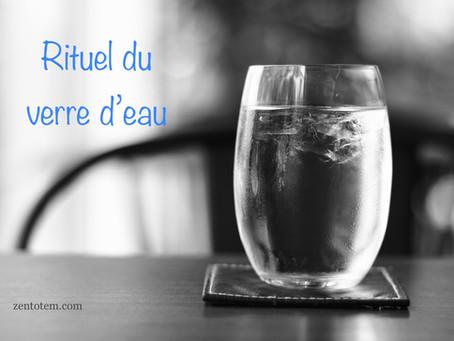 Le rituel du verre d'eau pour comprendre et résoudre un problème