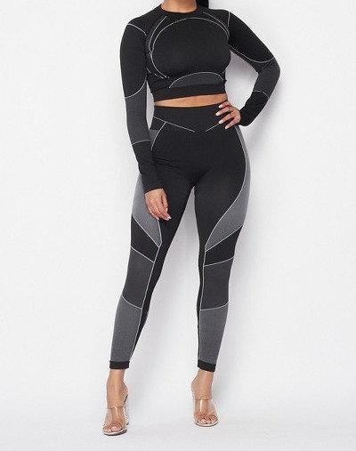 Crop long sleeves top & leggings set
