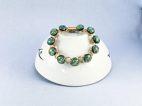 Green Crinkle Glass Stones Bracelet