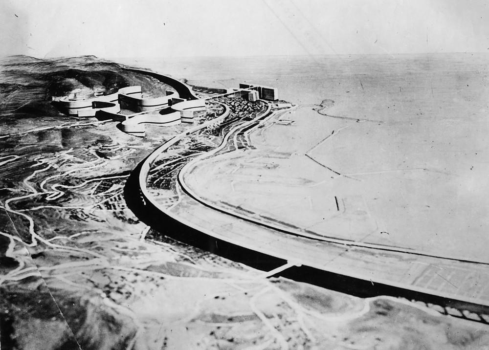 Zetaesse. Diego Ferrante. Algeri scosse la fiducia di Le Corbusier nella capacità dell'architettura di attivare una riforma sociale, ma i suoi progetti di trasformazione della città riproducevano le divisioni coloniali