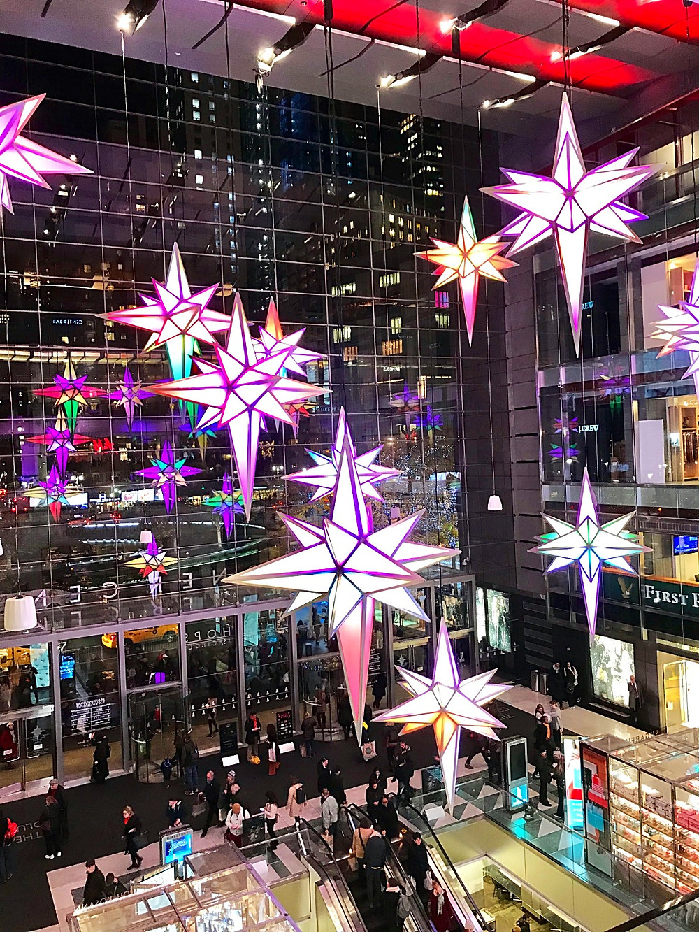 NYC holiday guide, winter indoor fun guide for kids, Curious G and Me, The Shops at Columbus Circle