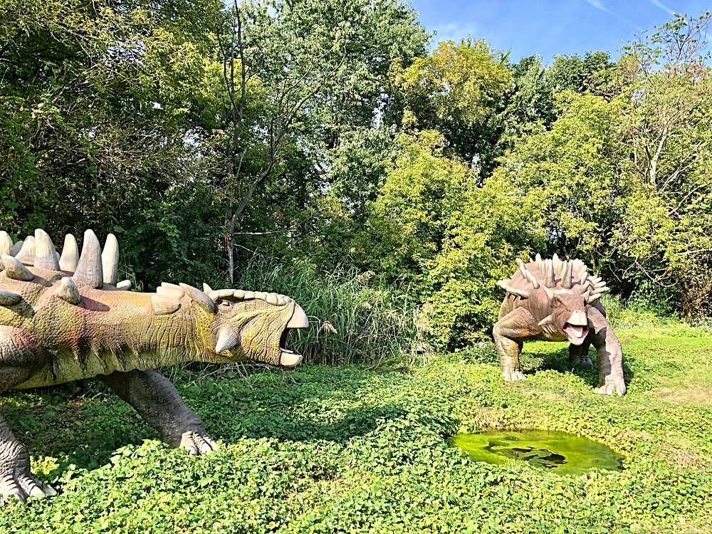 Field Station: Dinosaurs, Curious G and Me, Best things to do with kids who love dinosaurs, Dinosaur Park, Jurrasic Park, Dinosaurs in New Jersey, Best things to do this fall with kids in New Jersey, Fall fun for kids, Fall fun for families, animatronics