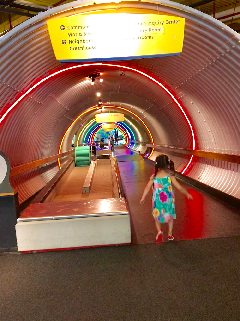 Museum of the City of New York, Interactive Mural, Things to do in NYC with kids, best nyc museums, curious g and me, Brooklyn Children's Museum, Rainbow Tunnel
