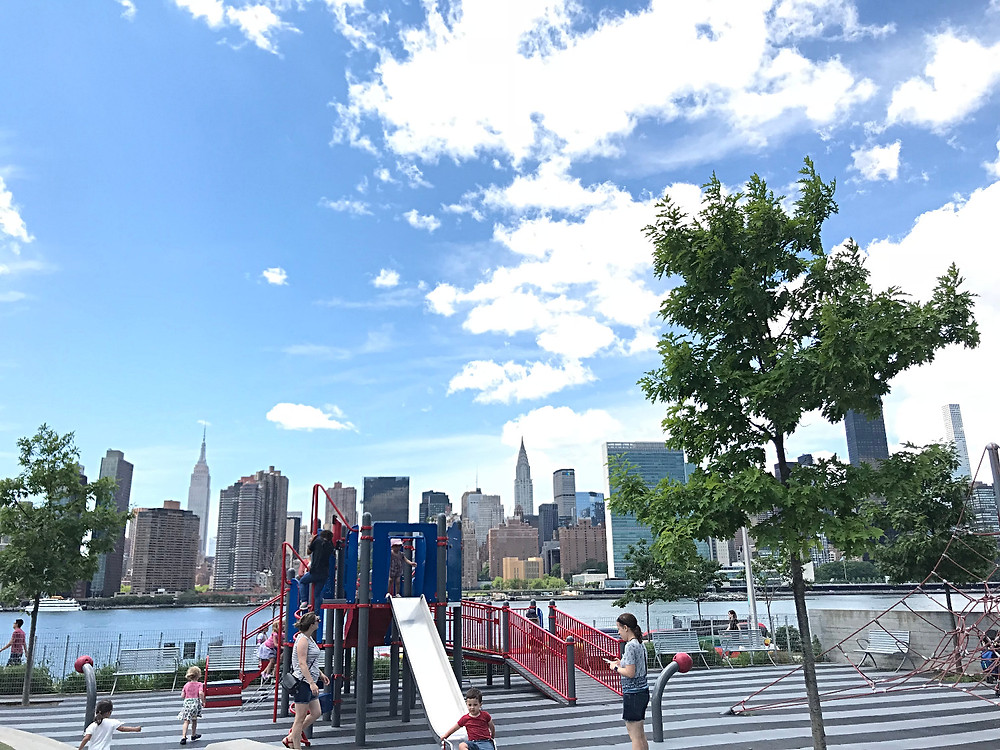 NYC Ferry with kids, Long Island City with kids, Gantry Plaza State Park, Manhattan skyline, Curious G and Me, Tot Lot