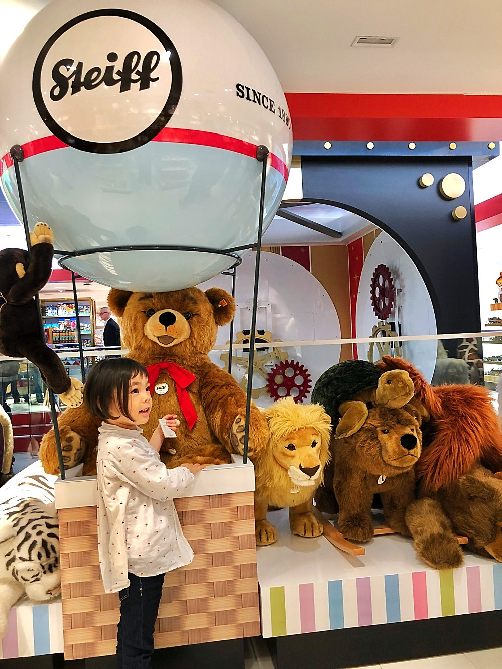 FAO Schwarz, Curious G and Me, 36 Things to Do Indoors this Winter in NYC with your Kids