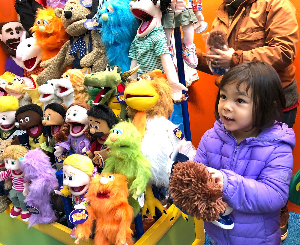 Silly Puppets, The Puppet Store, best gifts for toddlers, toddler birthday gifts, kids' puppets, best toys for toddlers