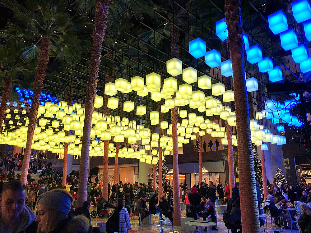 Holiday Bucket List, Fun things to do in NYC for the holidays with your kids, Instagram Bait, Holiday Pop Up, NYC Pop Up, Free in NYC, Curious G and Me, NYC family, NYC with kids, NYC Christmas, NYC icon, Holiday Shopping, Christmas AF, Christmas overload, Christmas explosion, Brookfield Place, Luminaries