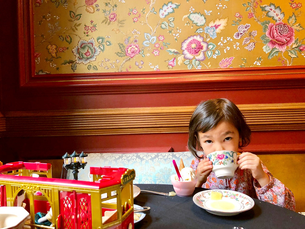 pinkies up, Lady Mendls, the best tea parlors for kids, tea party for kids, afternoon tea with kids, Curious G and Me, Winter Indoor fun guide for kids 2018