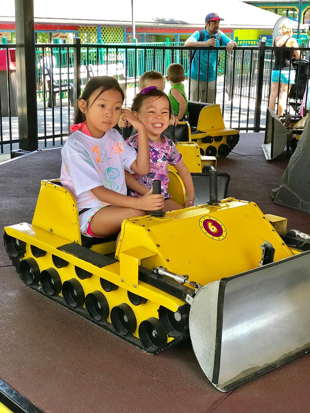 Dutch Wonderland, Lancaster for kids, amusement parks, Curious G and Me