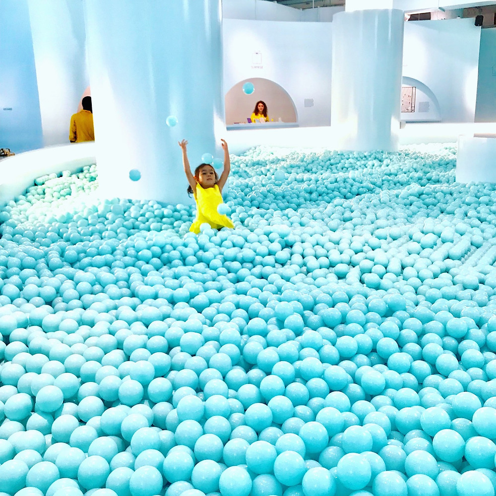 The Color Factory, NYC pop up, ball pit, rainbow art, Summer bucket list, New York City with kids, nyc bucket list, nyc with kids, things to do this summer with kids, coney island, boardwalk with kids, Curious G and Me, NYC summer, beyond the beach, Camp Mommy, NYC family, NYC Summer Entertainment Guide for Kids, Summer fun NYC, NYC parents, NYC kids, NYC Mom Blogger, Manhattan Mom, NYC Mama, Boardwalk Games, Mommy and Me style, Mommy and Me Fashion