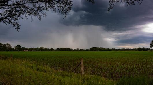Onweer nabij Delden
