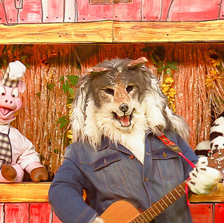 funny farm show 4