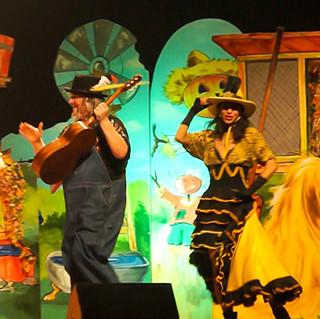 funny farm show 2
