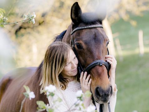 Agnes & ihre sanfte Pferdedame Hildi