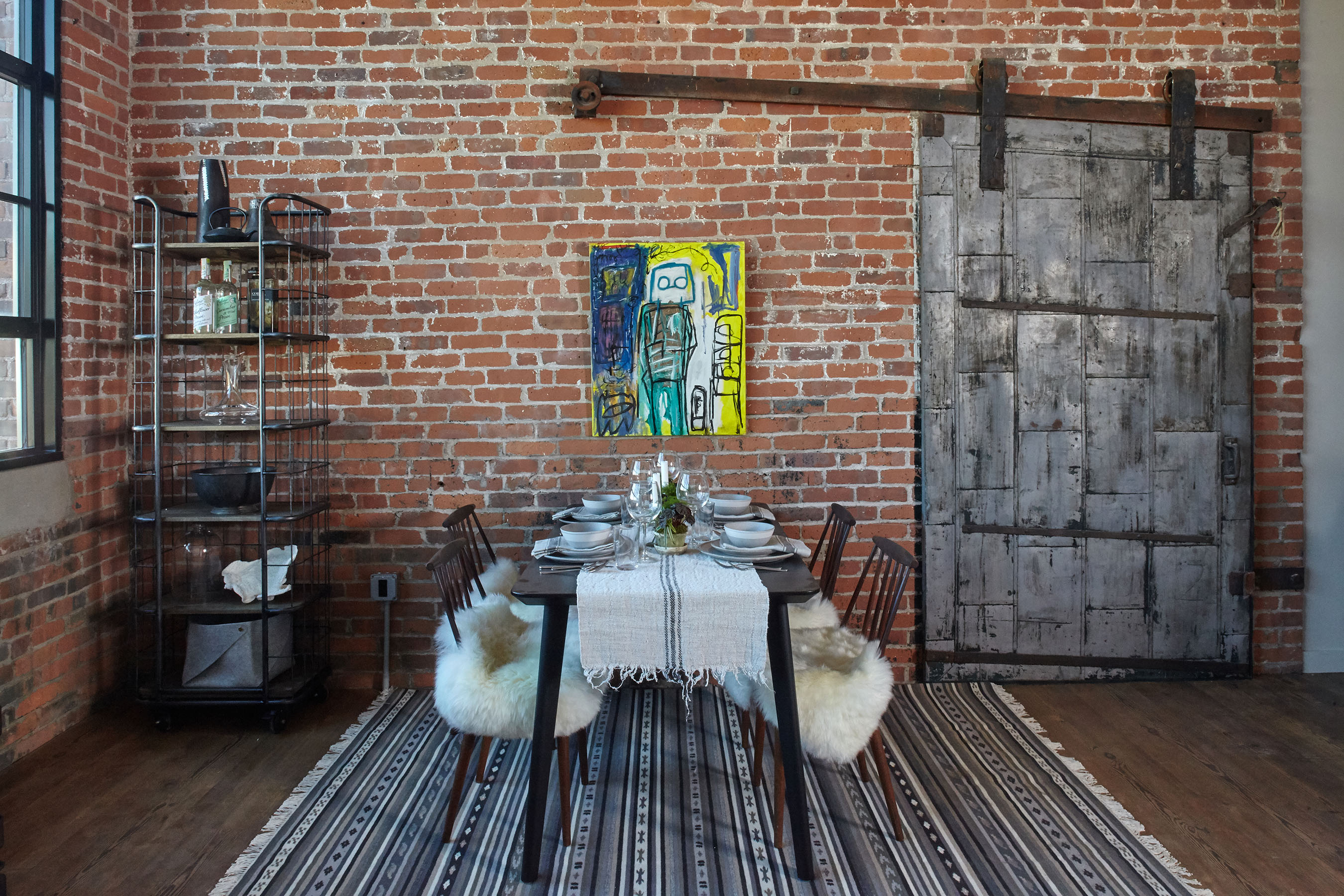 11 Chesrnut Street dining area