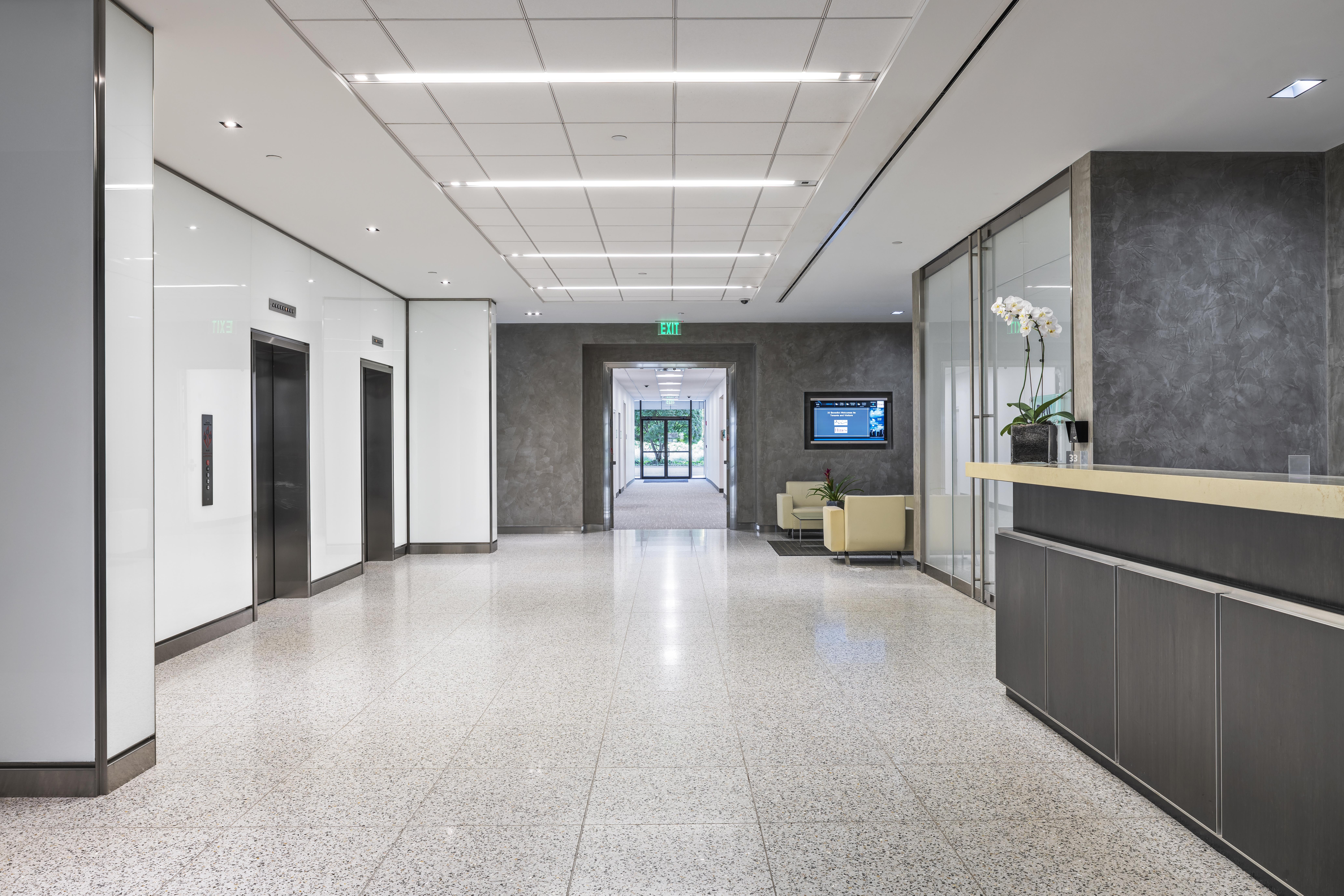 33 Benedict Place elevator area