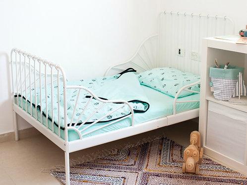 מצעים למיטת תינוק – לונה פארק