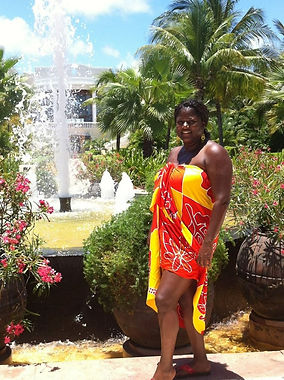 Melody M Miller, Beautiful Black Woman, Life Coach, African-American Life Coach, Motivational speaker, Positively Melody, Hawaii, Tulum