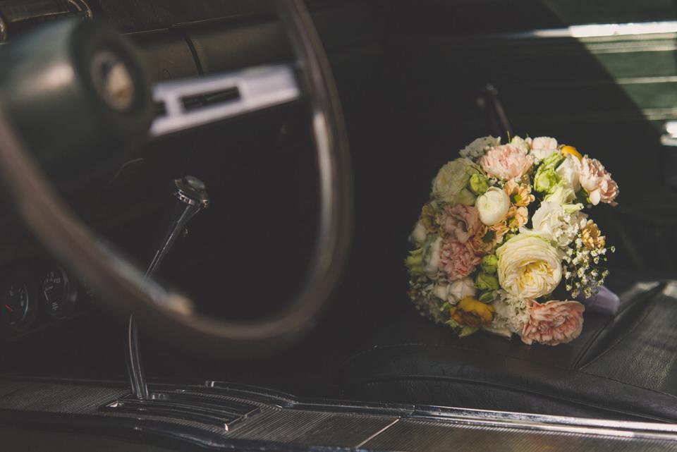 Fotografie-Hochzeit-Auto-001