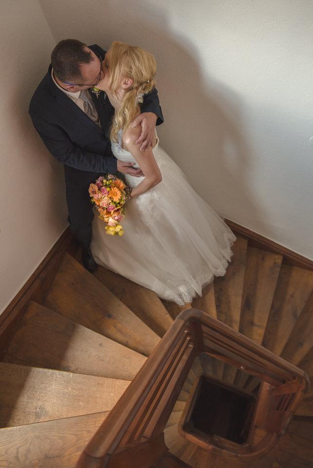 Fotografie-Hochzeit-Kuss-001