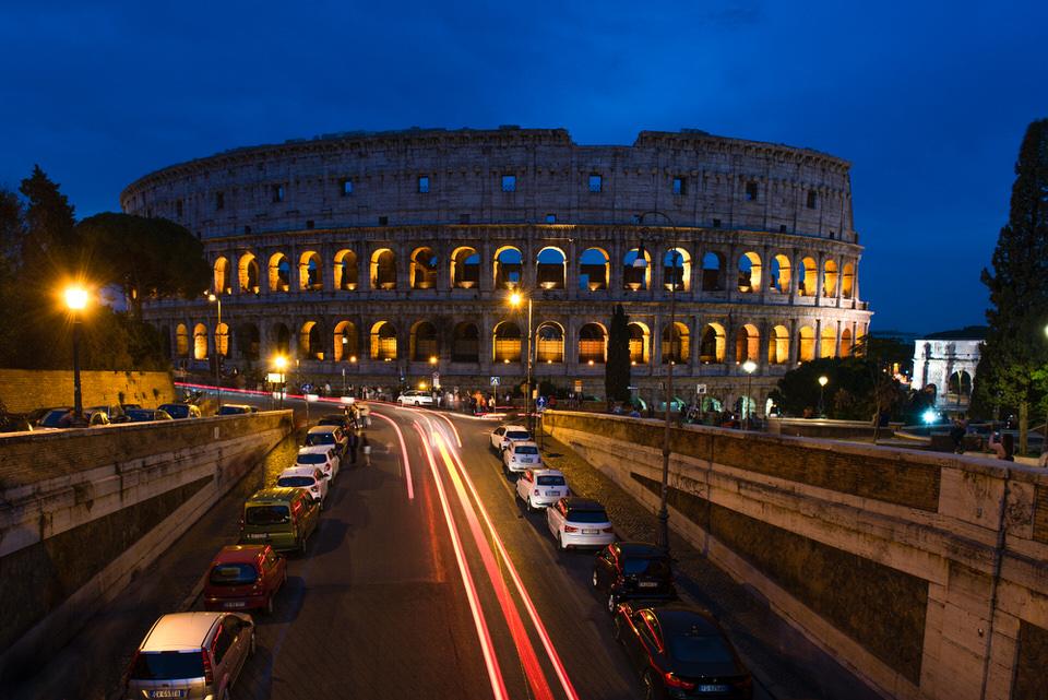 Fotografie-Landschaft-Rom-Kolloseum-Blau
