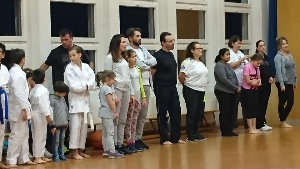 Karate mit der ganzen Familie