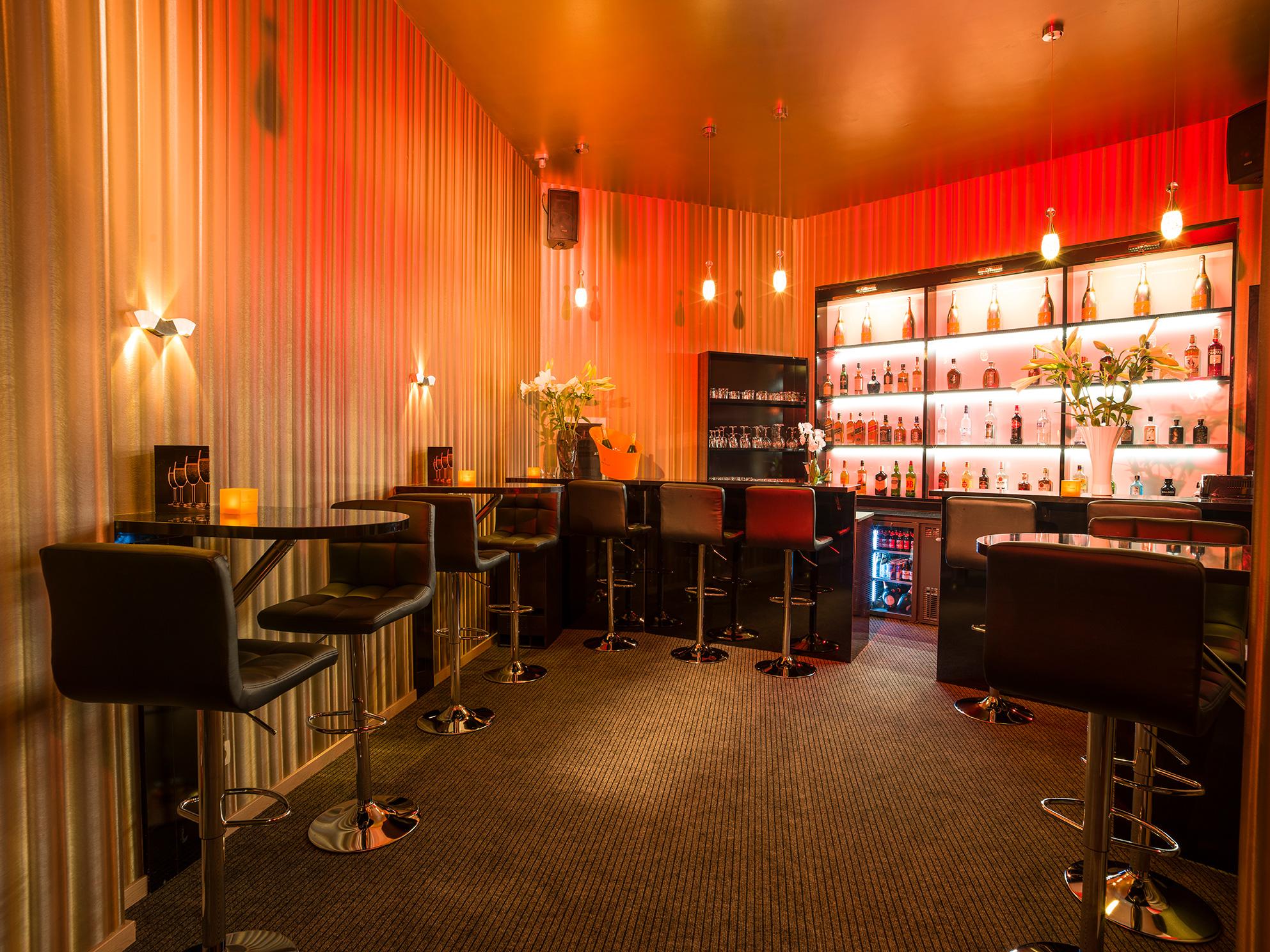 Champagne & Liquor bar