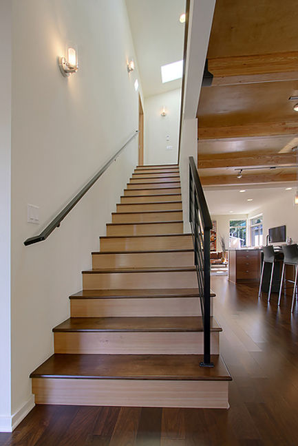Great looking modern stairs