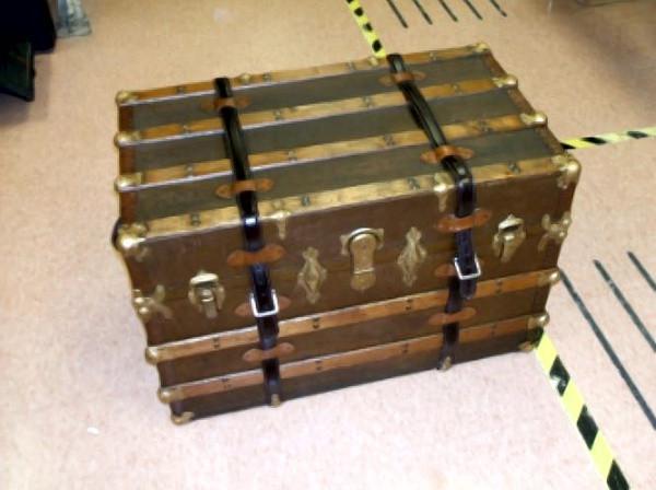dura-bilt-upholstery-trunk1.jpg