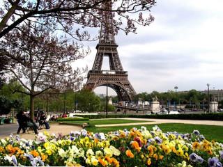 Срочные визы во Францию для россиян.