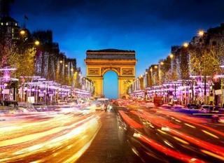 Посольство Франции в Москве планирует ускорить получение шенгенской визы для россиян.