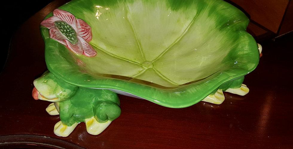 Adorable Vintage Frog Bowl