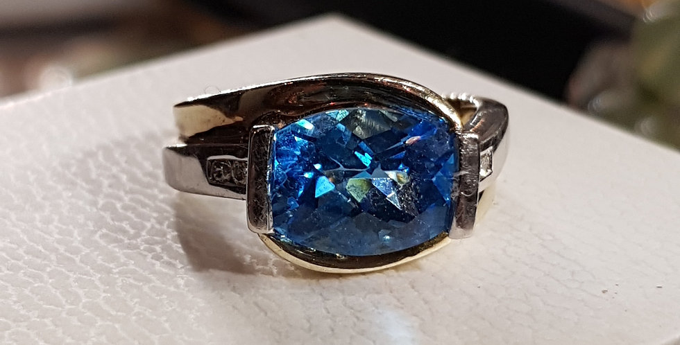 London Blue Topaz and Diamonds Ring