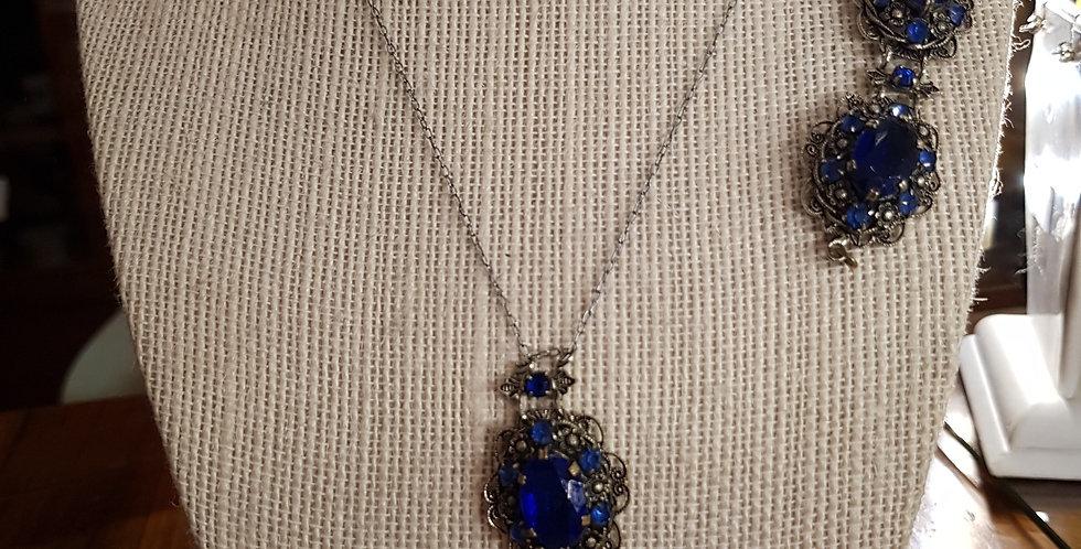 Vintage Pendant and Bracelet set