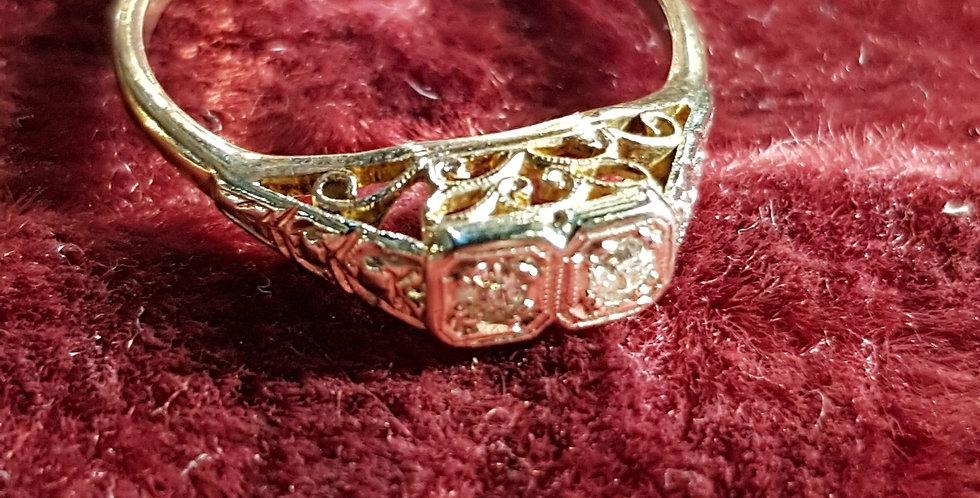 2 Diamonds Ring