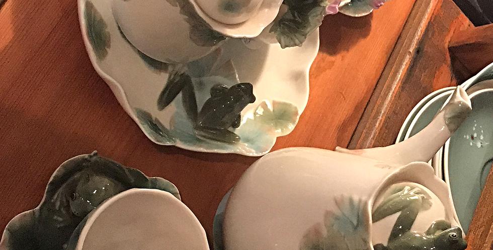 Franz frog tea set