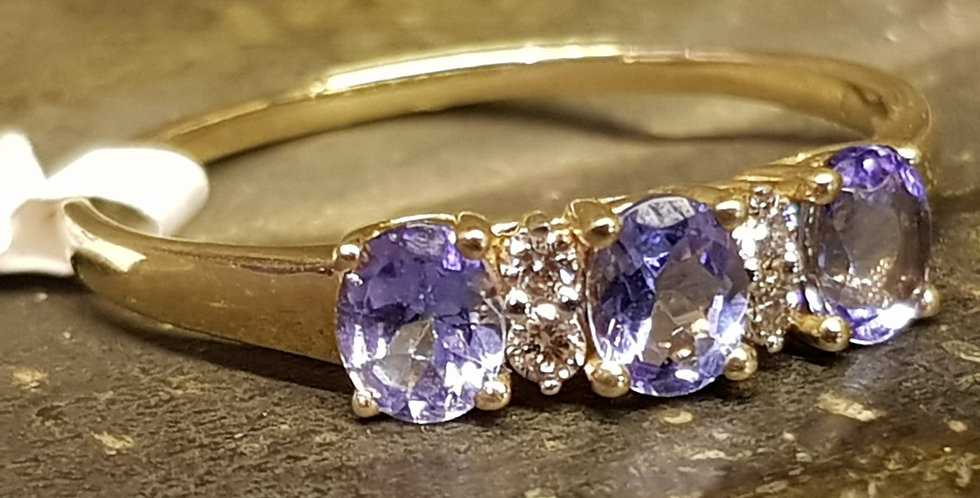 Tanzinite & Diamonds Ring