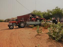 déchargement-tracteur-µAVEM-mai2019