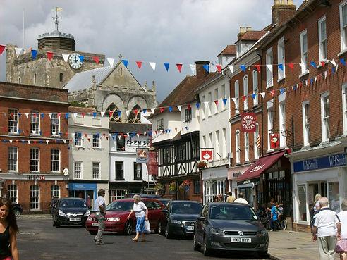 Romsey_town_centre_2.jpg