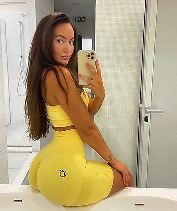 Scrunch yellow short push up set