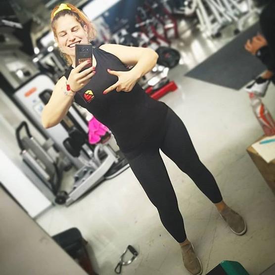 •__andrejaaaa pridno trenira v naših pea