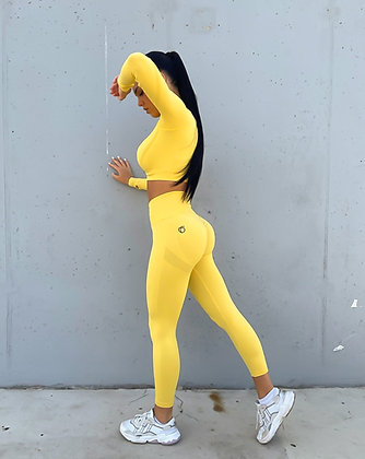 Scrunch yellow long sleeve push up set