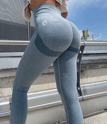 Blue scrunch push up leggings
